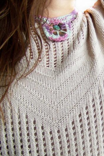https://www.etsy.com/es/listing/112829174/collar-babero-turquesa-lila-expreso?ref=shop_home_active_11